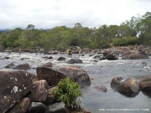 Überquerung des Flusses Kukenan